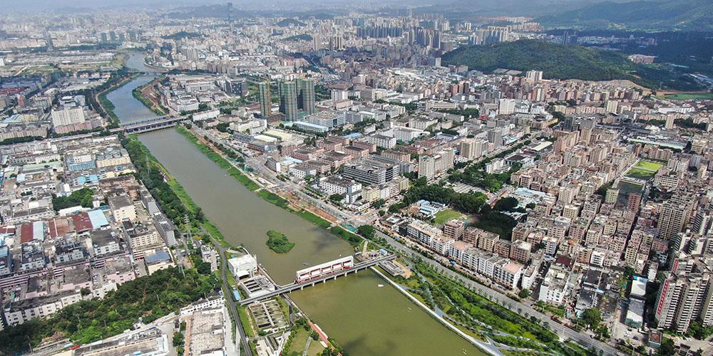 Meio ambiente de Shenzhen melhora após despoluição do rio Maozhou