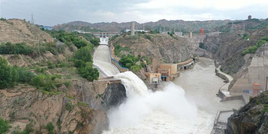 Reservatório da Garganta Liujia abre comportas para combater enchentes