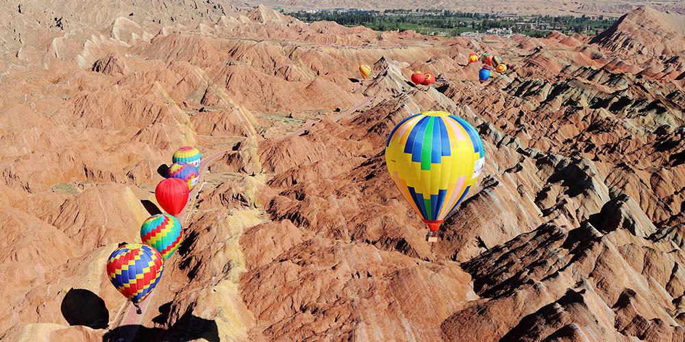 Festival Internacional de Balonismo abre na província de Gansu