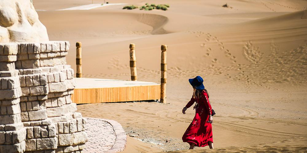 Deserto em Turpan atrai e encanta turistas