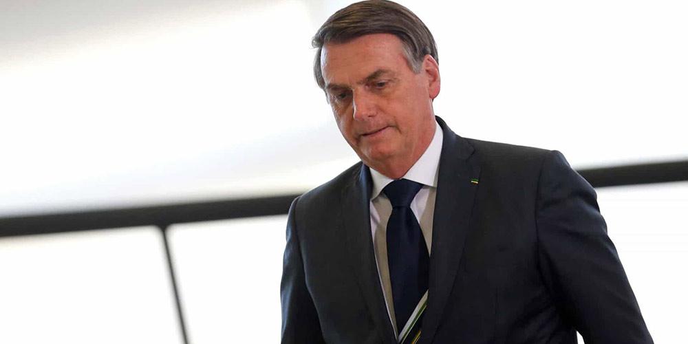 Bolsonaro recebe alta um dia após ter sido operado para retirar cálculo na bexiga