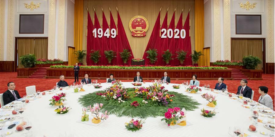 China é capaz e está confiante em realizar o rejuvenescimento nacional, diz mais alto conselheiro político