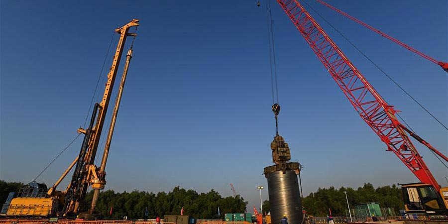 Obras da Ponte Hongqimen em Guangdong seguem em andamento
