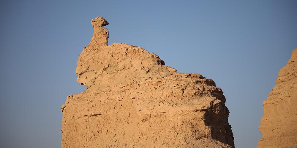 Fotos: formações rochosas peculiares no Geoparque Nacional de Yardang em Dunhuang