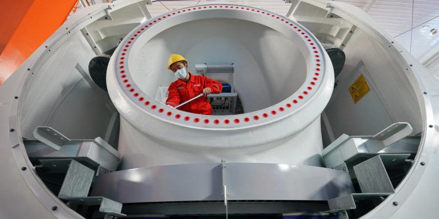 Cidade de Xingtai desenvolve indústria de fabricação de equipamentos para acelerar transformação industrial