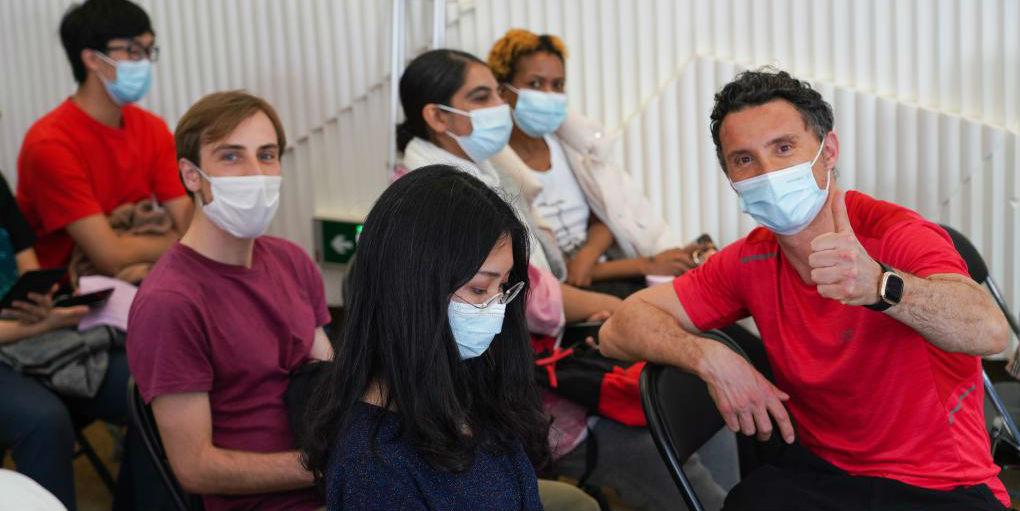 Beijing inicia vacinação de COVID-19 para estrangeiros